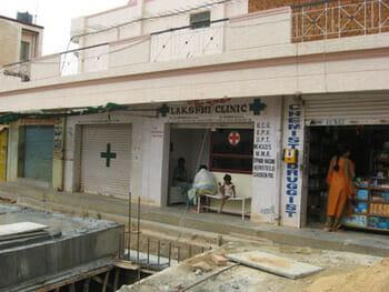 Clinic near construction, JP Nagar, Bengaluru