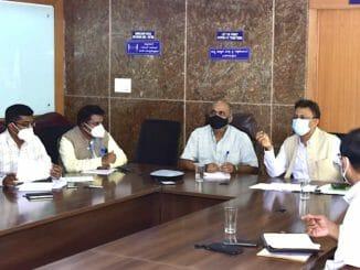 BBMP Officials at a meeting