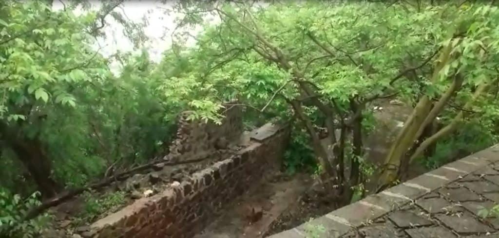 Boundary walls of Belapur Fort