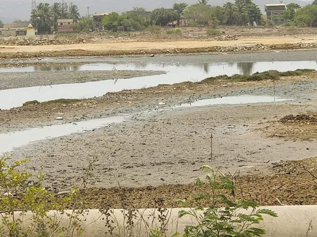 Vanishing wetlands Uran.