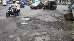 Malad potholes