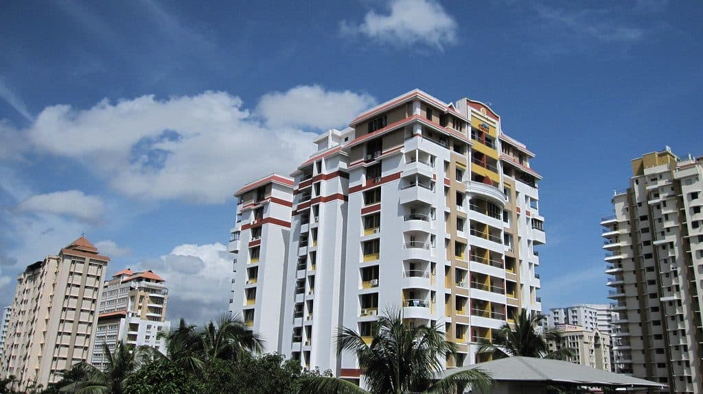 Real estate: High end apartment buildings remain unsold