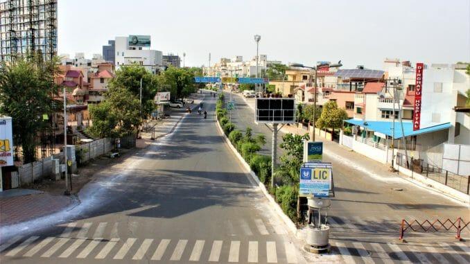 COVID containment and lockdown in Vadodara