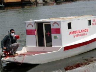 Srinagar's first lake ambulance service